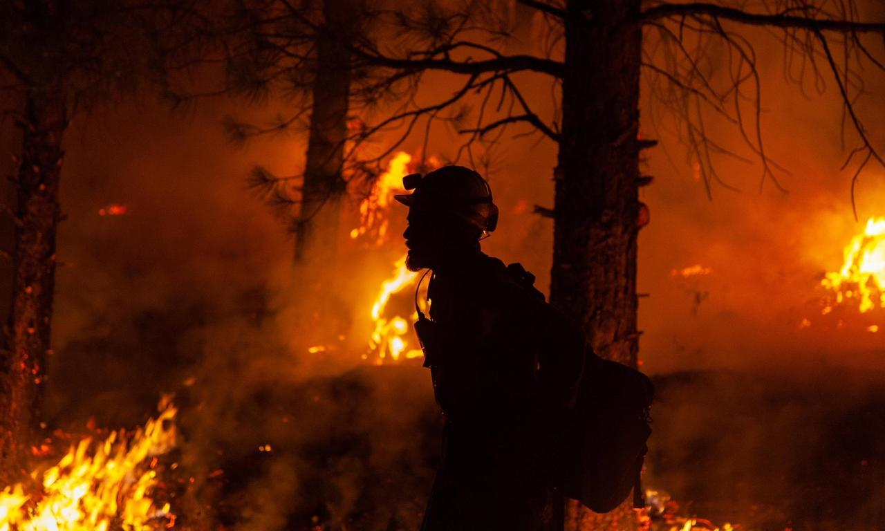 More than 80 wildfires rage across western US