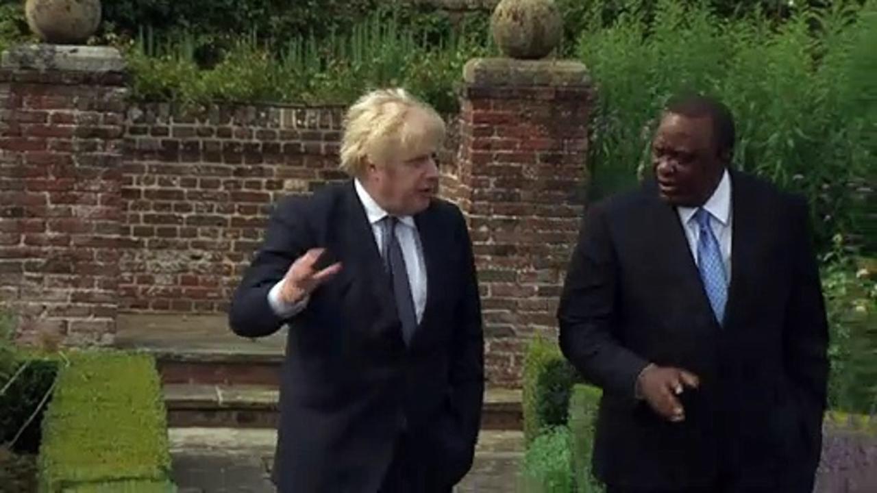 Boris Johnson hosts Kenyan President at Chequers
