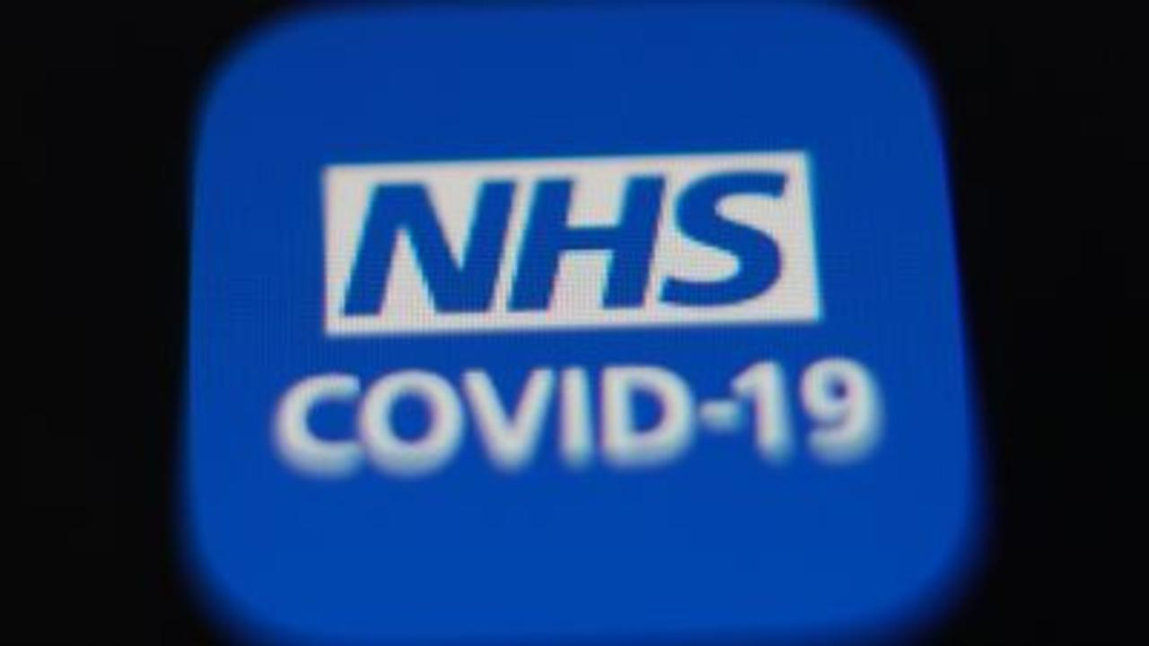 Record 689,313 people 'pinged' by NHS app
