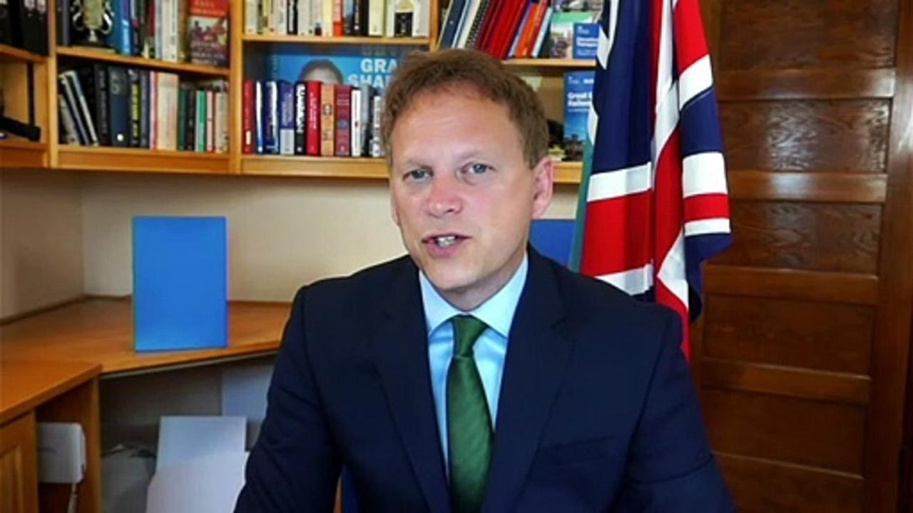 Shapps defends decision to ease isolation rules on August 16