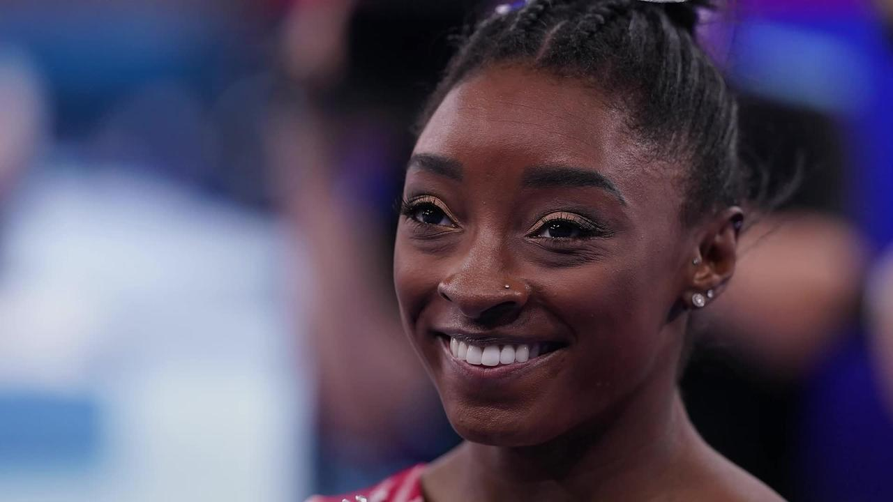 Simone Biles praises Chinese competitors after clinching bronze in women's beam finals