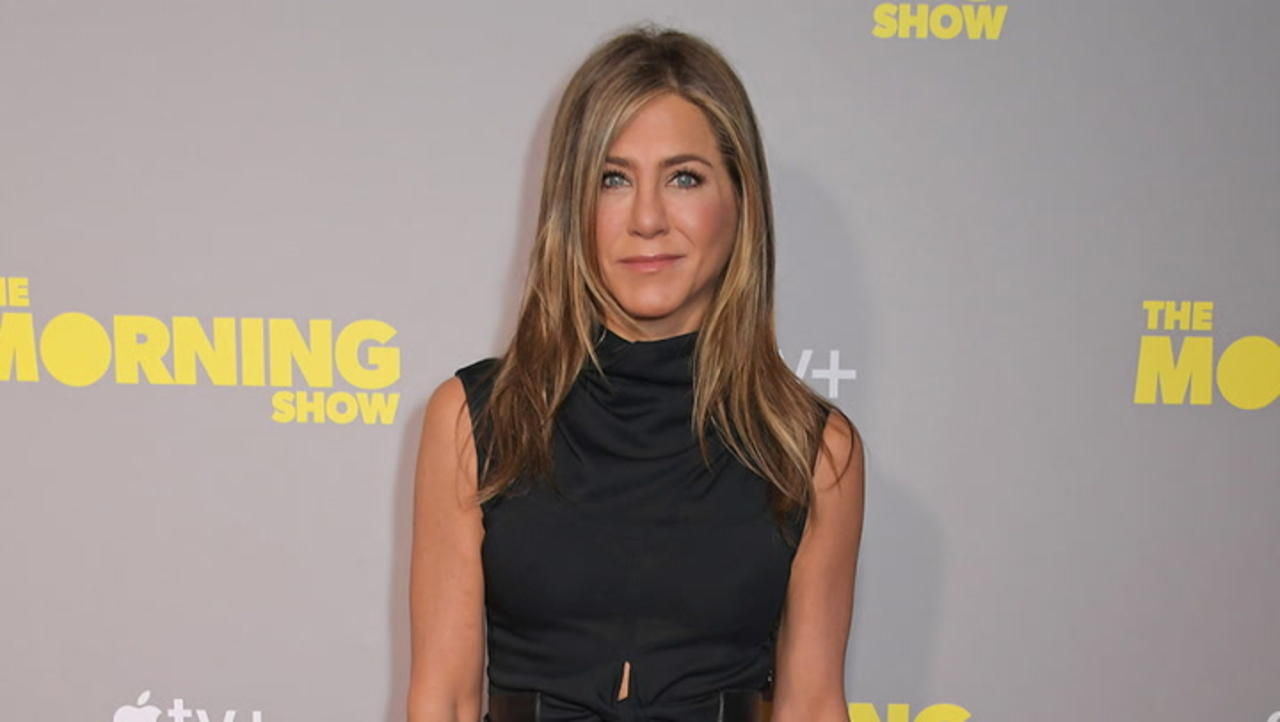 Jennifer Aniston Says She Removed People From Her Life Over COVID-19 Vaccine Views   THR News