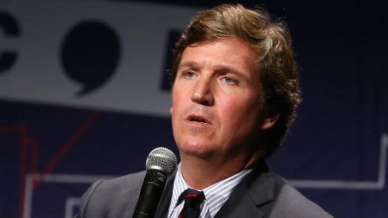 Avlon: Tucker Carlson is flirting with authoritarian leader