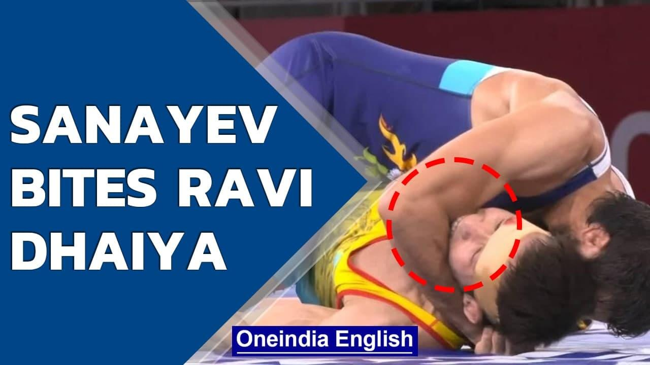 Ravi Dahiya endures nasty bite during Olympics semifinal | Oneindia News