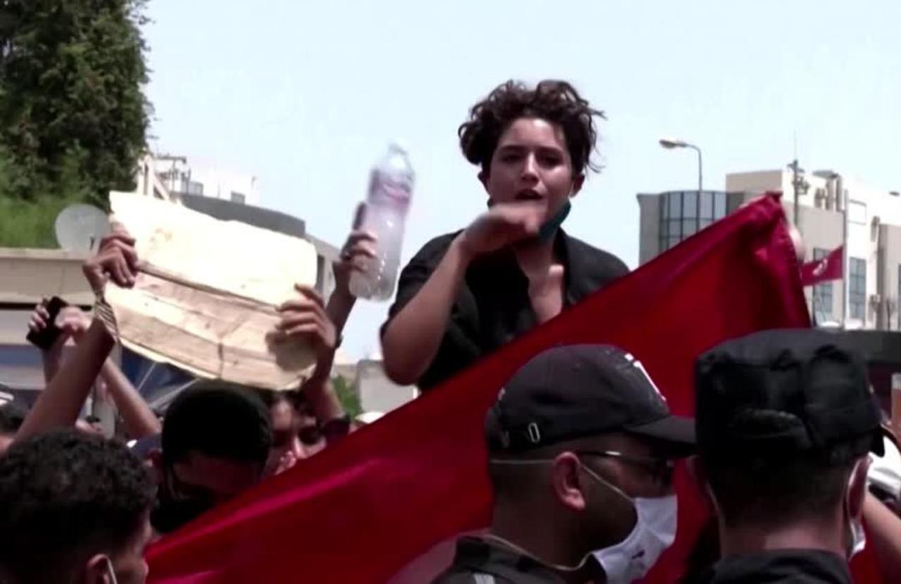 These women took center-stage in Tunisian protests