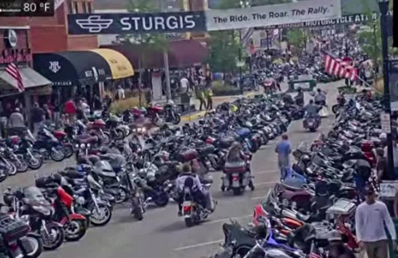 Motorcycle lovers gather in Sturgis despite COVID