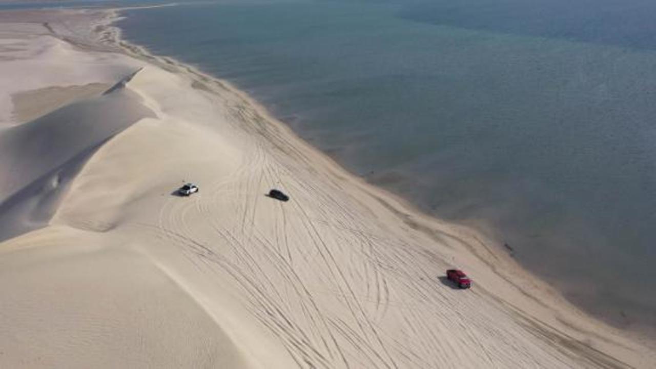 Bashing the dunes of Qatar's unique Inland Sea