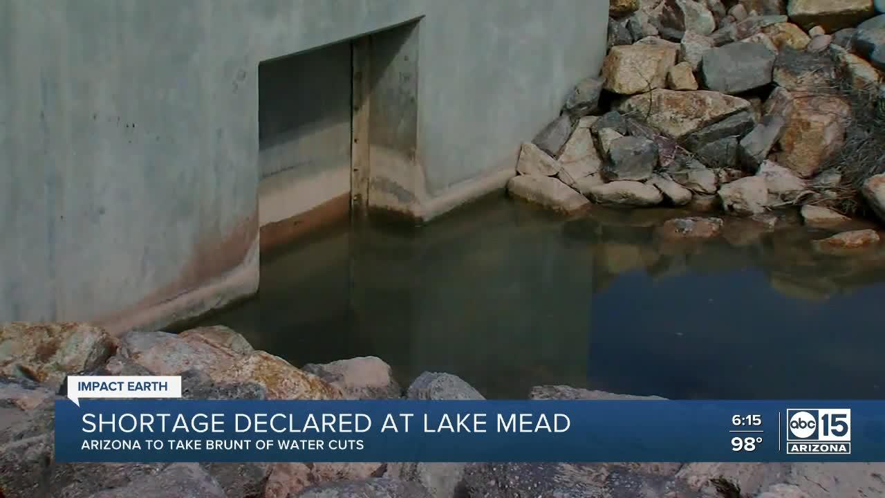 Officials declare first-ever water shortage at Lake Mead