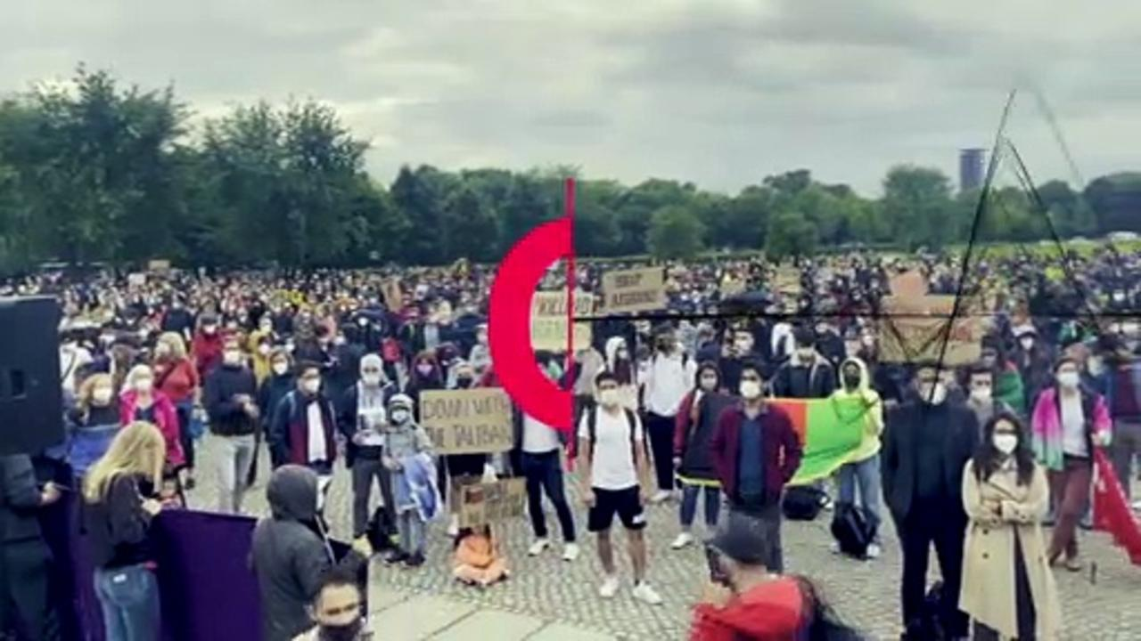 Thousands gather in Berlin to call on EU to take in Afghan refugees