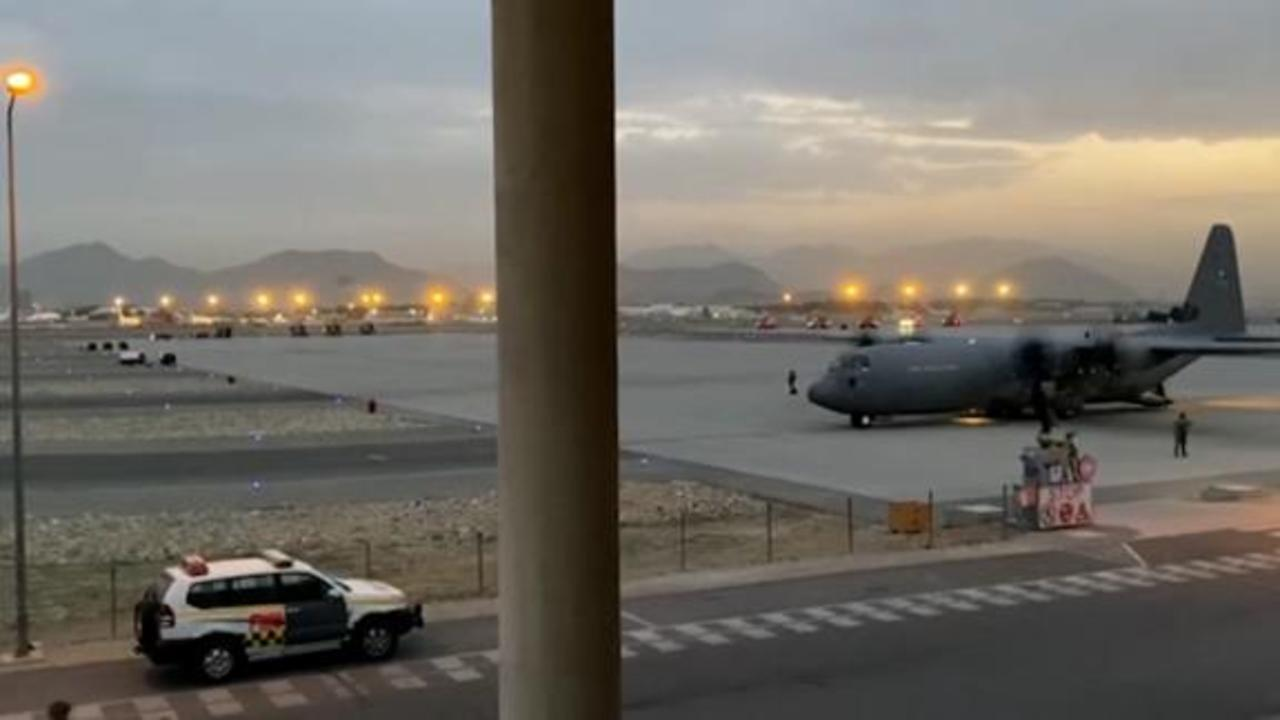See 'breathtaking' scale of evacuation effort at Kabul airport