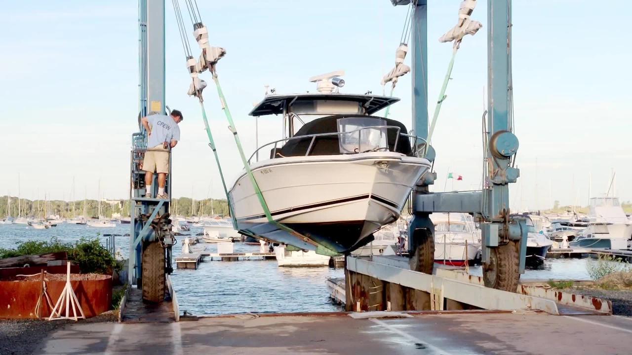 Mariners secure boats on Cape Cod ahead of Henri