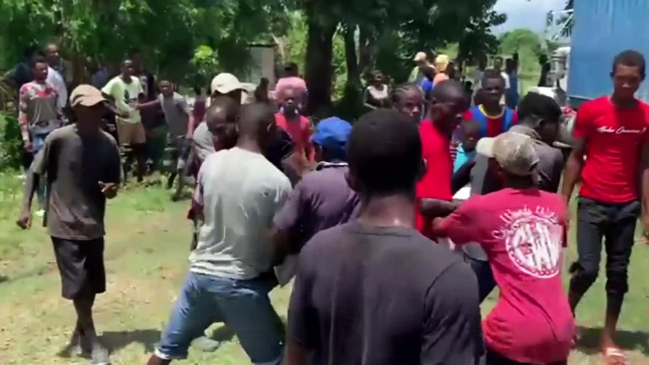 Fighting breaks out over aid distribution after Haiti earthquake