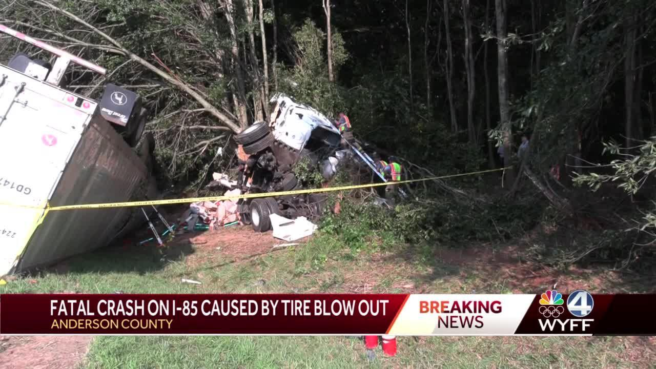 Fatal crash on I-85 caused by tire blow out, troopers say