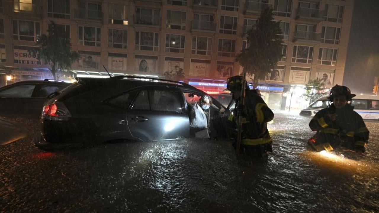 Massive flooding in NYC suspends nearly all subway service