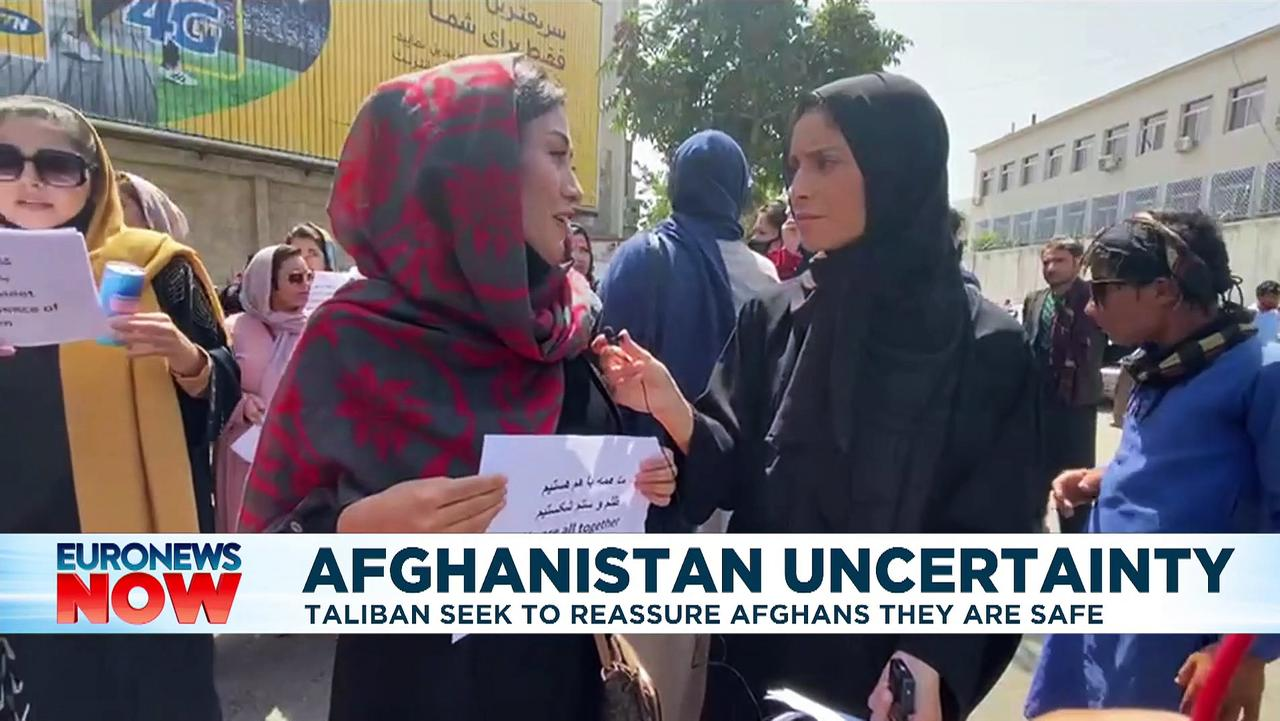 Afghan women protest outside Kabul presidential palace
