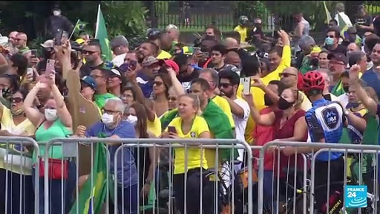 Pro-, anti-Bolsonaro rallies on Brazil national day pose high risk
