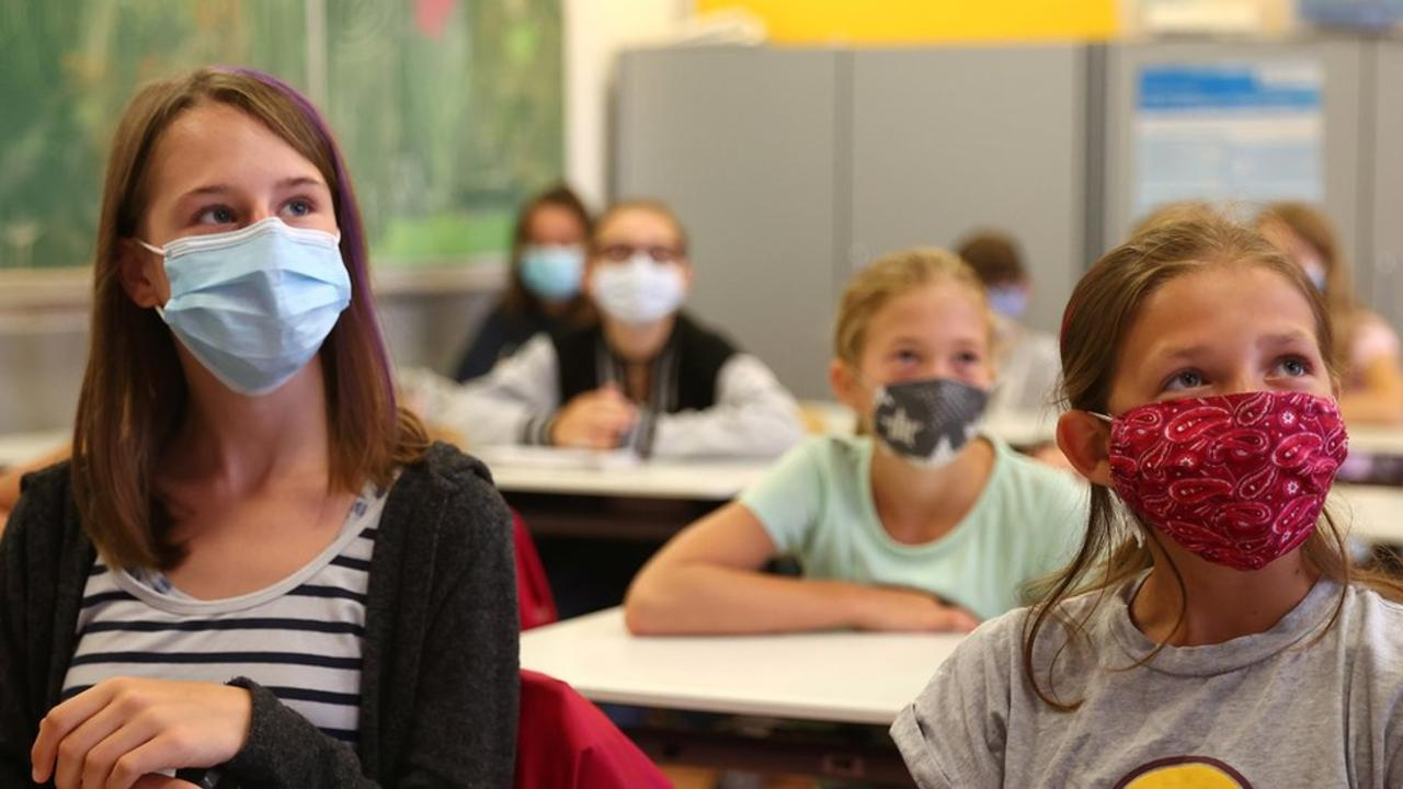 Florida Judge Allows School Mask Mandates, Defying Governor's Appeal