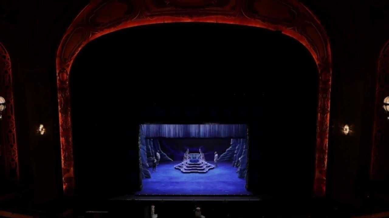 Shea's theatre raises curtains to performances after being closed 547 days due to COVID-19