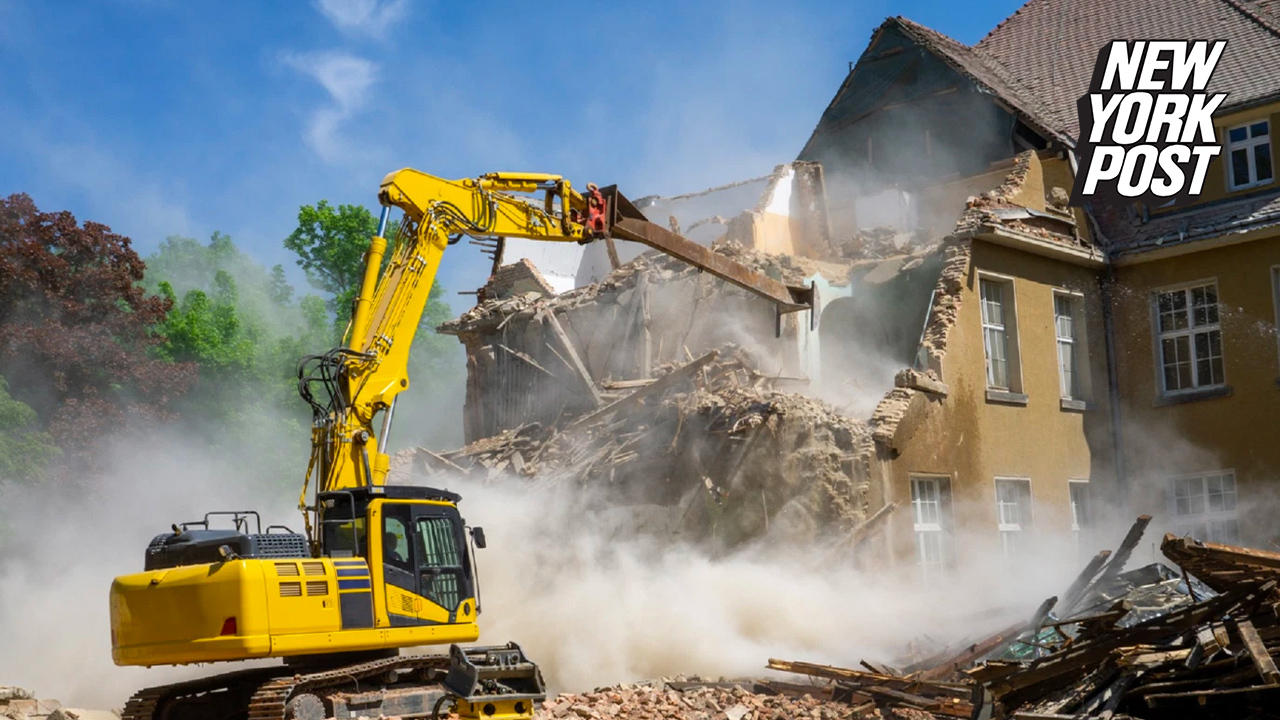 Demolition derby: Why Hamptonites are racing to bulldoze their mansions