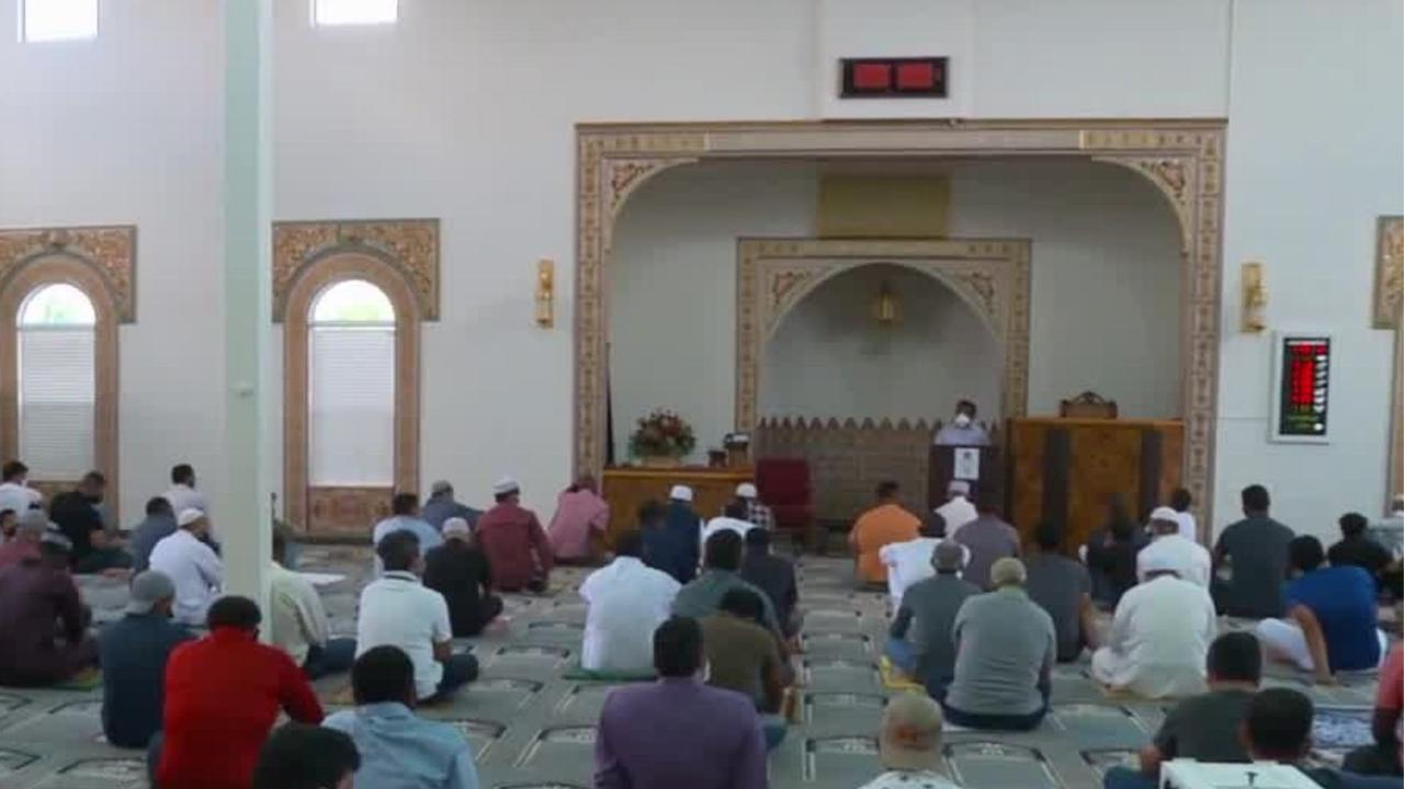 Utah educator takes students to visit local mosque