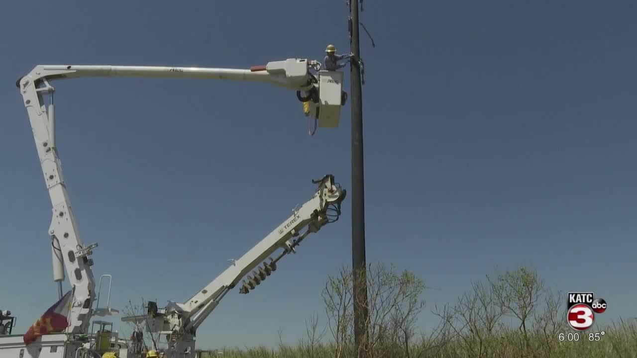 LUS linemen continue working to restore power in Houma