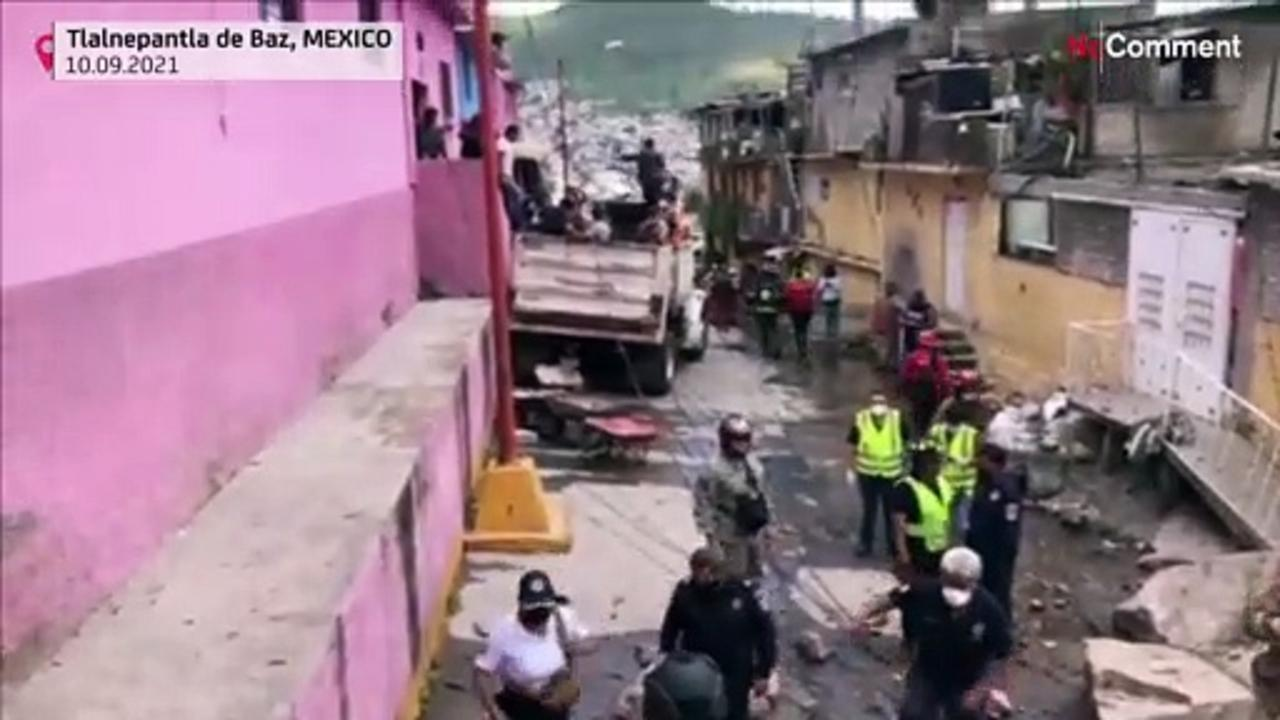80 homes evacuated after Mexico landslide