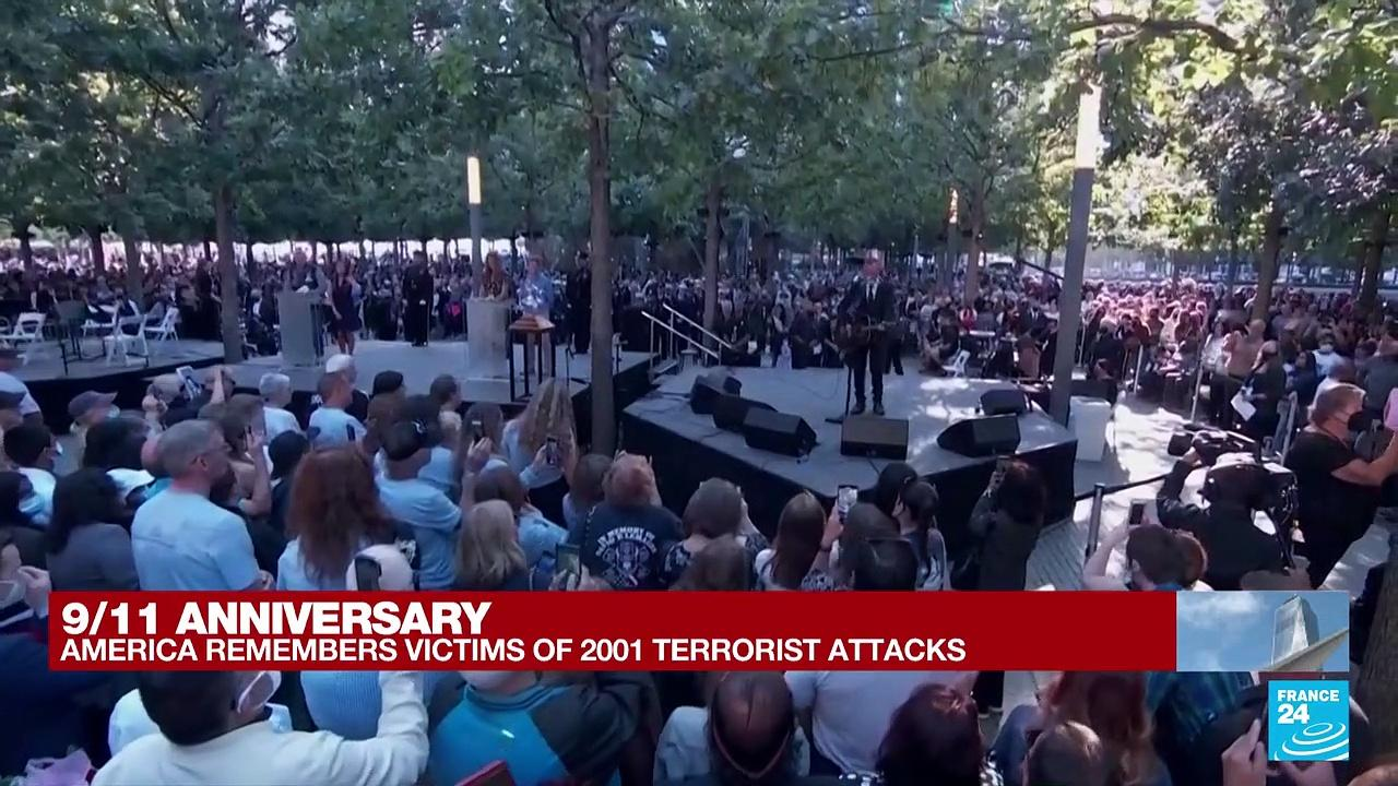 Second moment of silence held at New York service for 9/11 dead