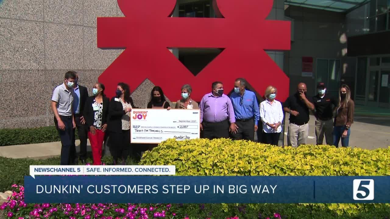 Dunkin' Donuts deliver $25K check to children's hospital