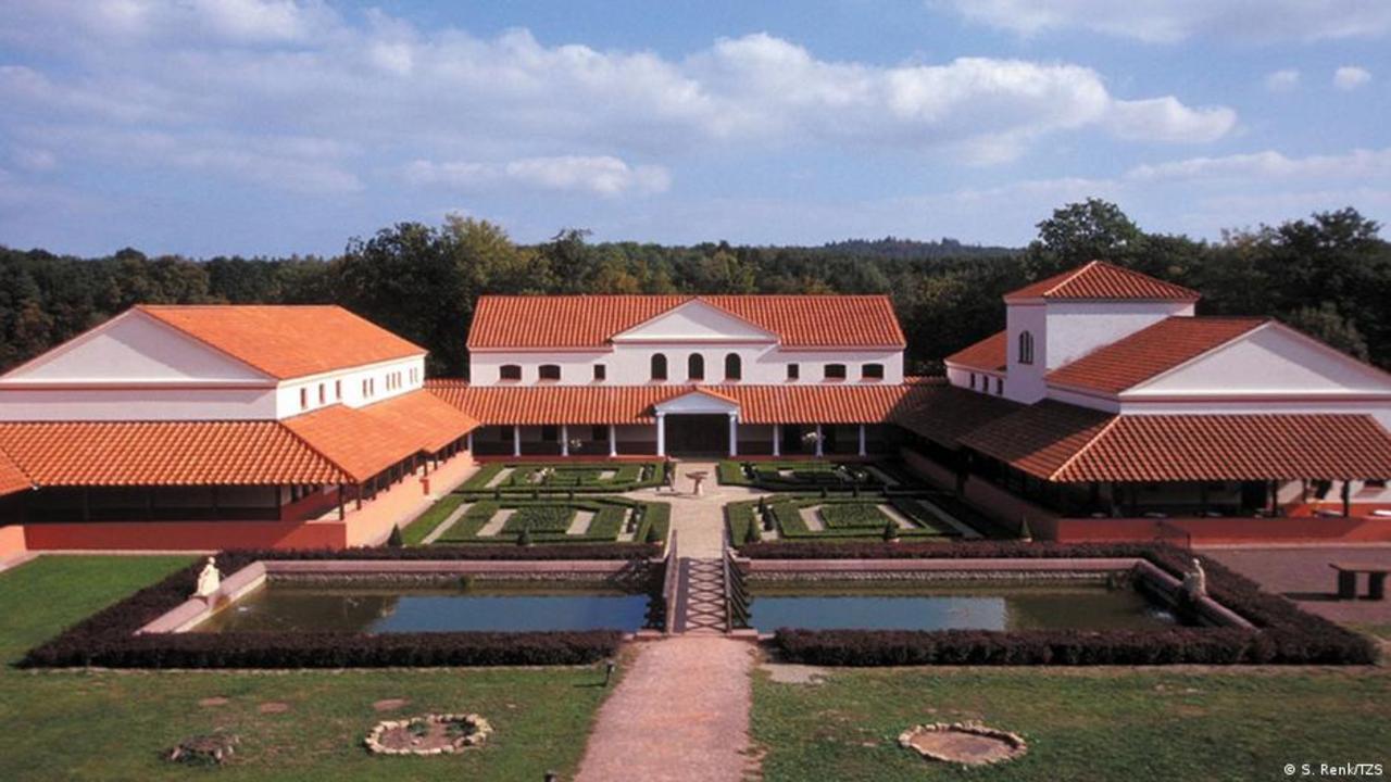 Roman Pastoral - The Villa Borg