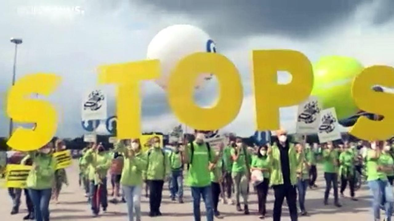 Thousands of environmentalists protest at German Motor Show in Munich