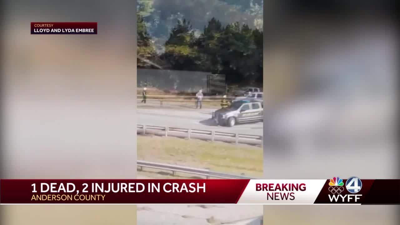 1 dead, 2 airlifted  following  I-85 crash, troopers say