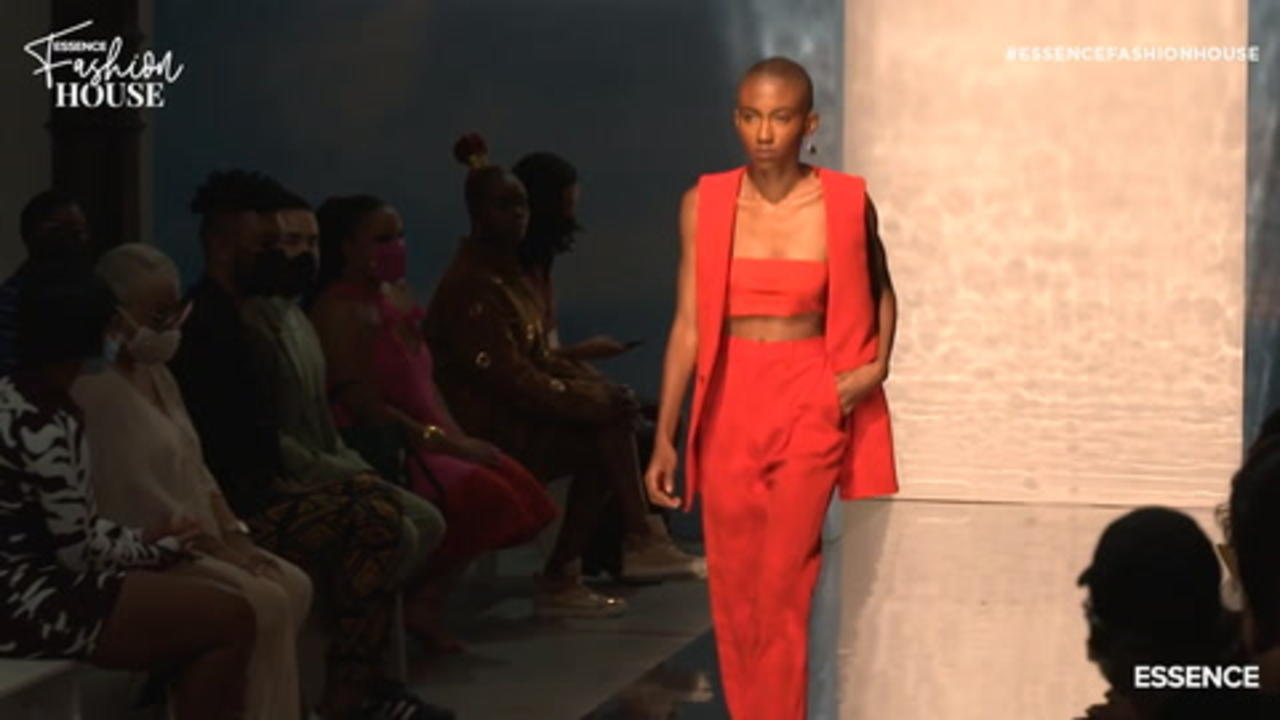 Arc Of Andre Runway Show