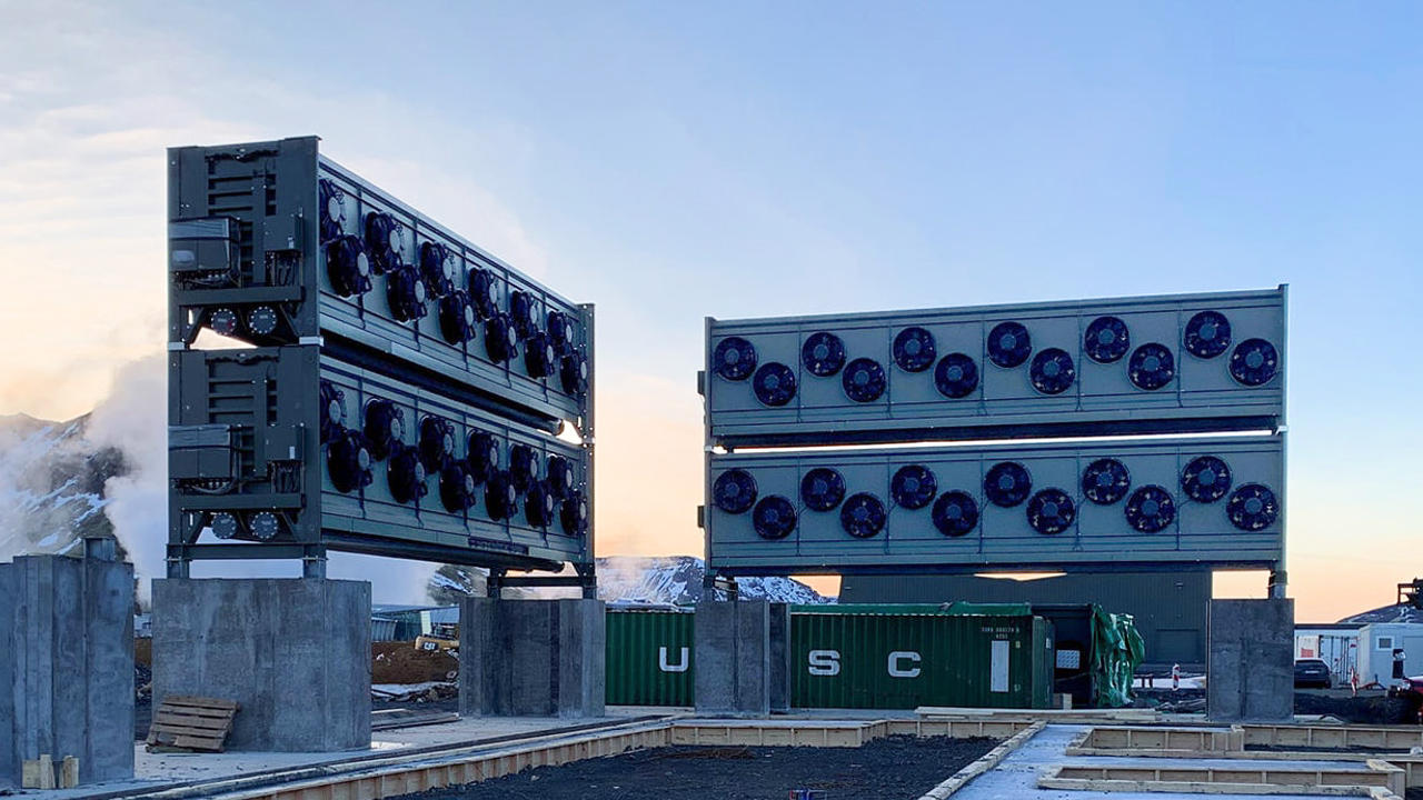 World's Largest Industrial Plant Removes CO2 From The Air