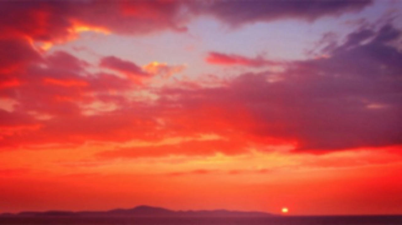 Ever Wonder What The Science Is Behind Sunsets and Sunrises?
