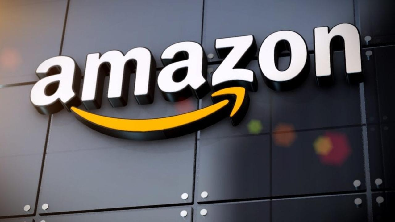 Amazon Raises Starting Pay to $18 an Hour