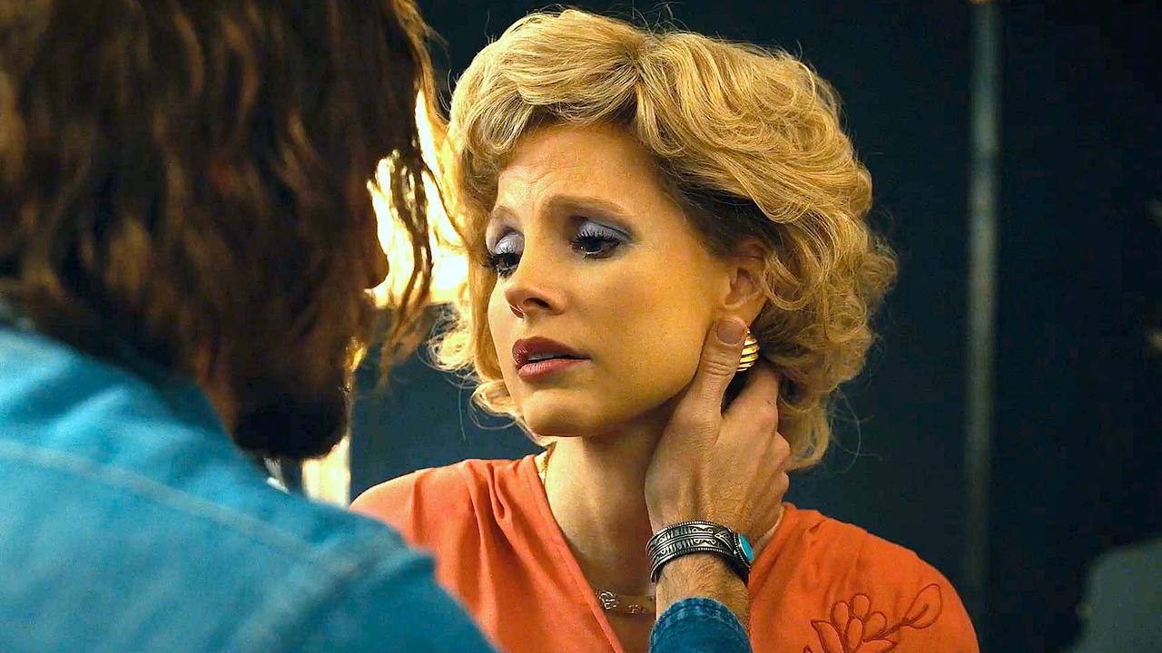 The Eyes of Tammy Faye with Jessica Chastain   'Assembling the Congregation' Featurette