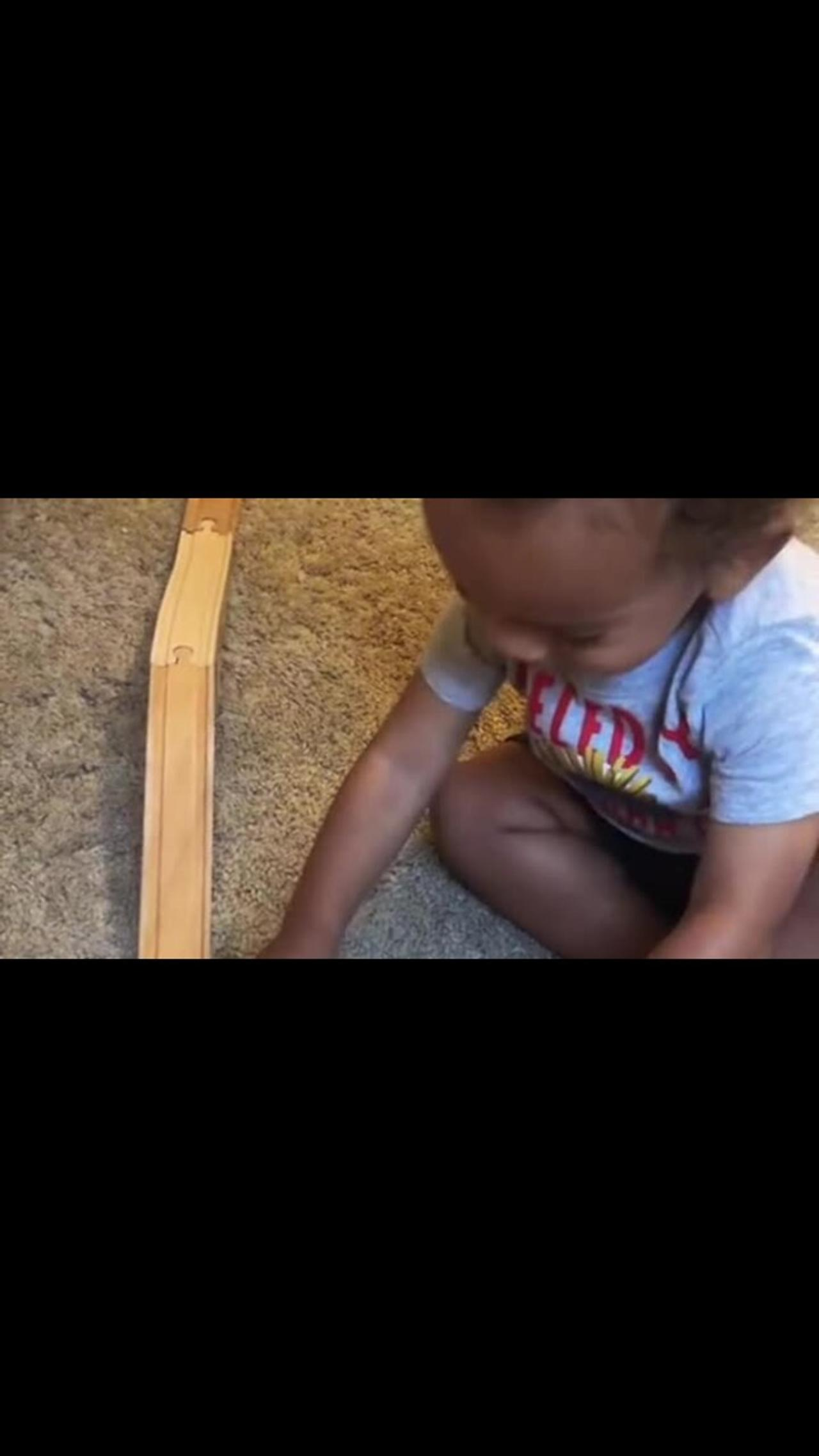 Toddler asks for help in extremely sweet manner
