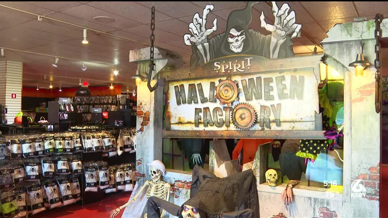 Halloween costume shops popping up on Central Coast