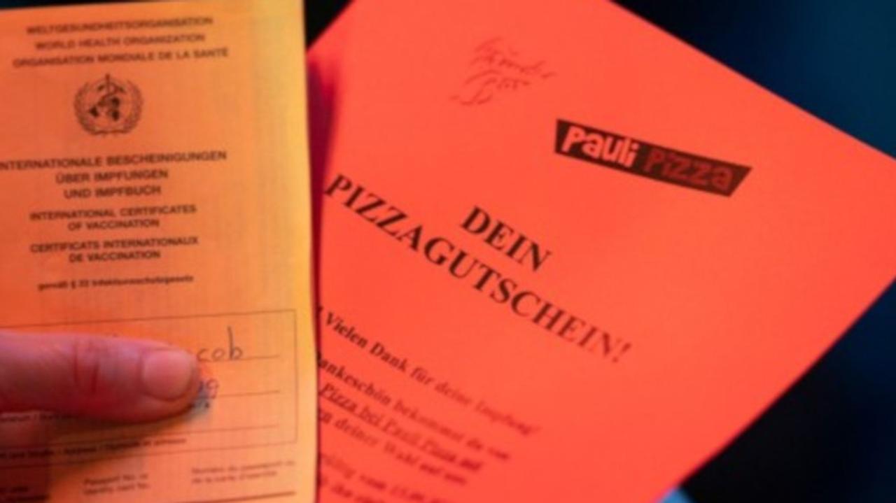 Pizza-Piks im Kiez: Impf-Aktion in Hamburg stopft hungrige Mäuler