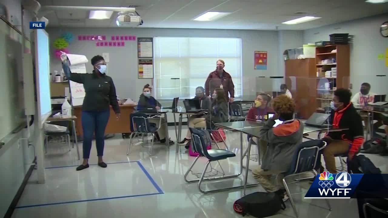 Upstate school district in need of substitute teachers due to COVID-19