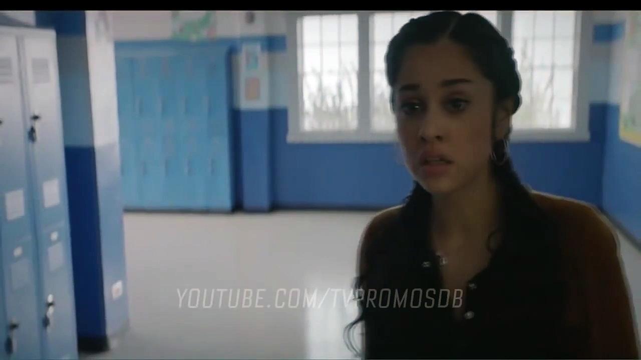 Stargirl S02E07 Summer School