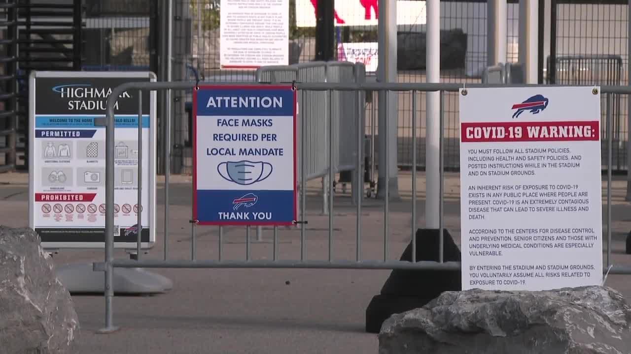 Highmark Stadium mandates vaccines, Bills' fans react