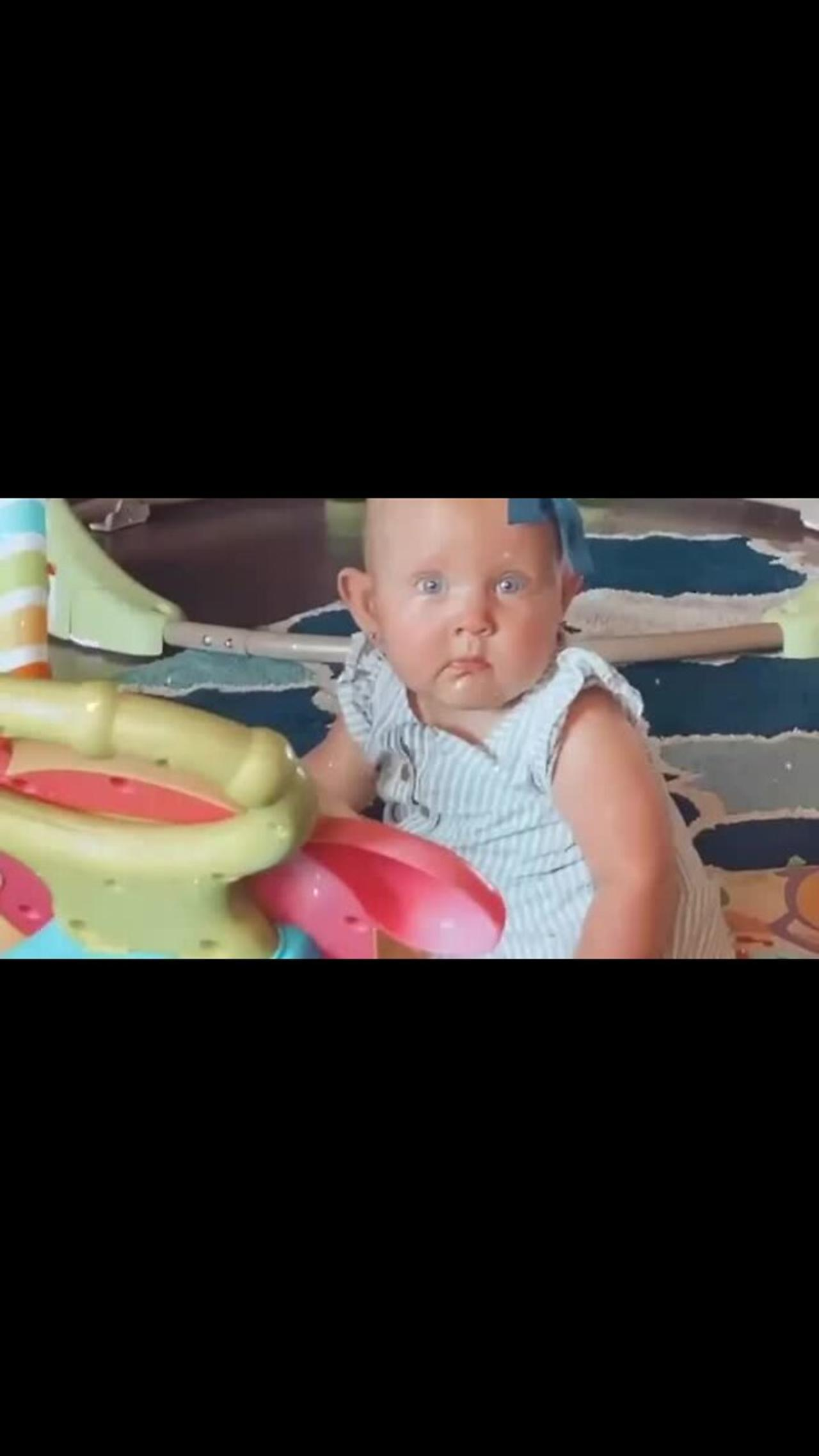 Baby goes from terrified to overjoyed when mom starts singing