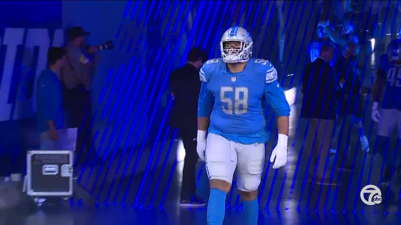 Penei Sewell shares embrace with family after first Lions game