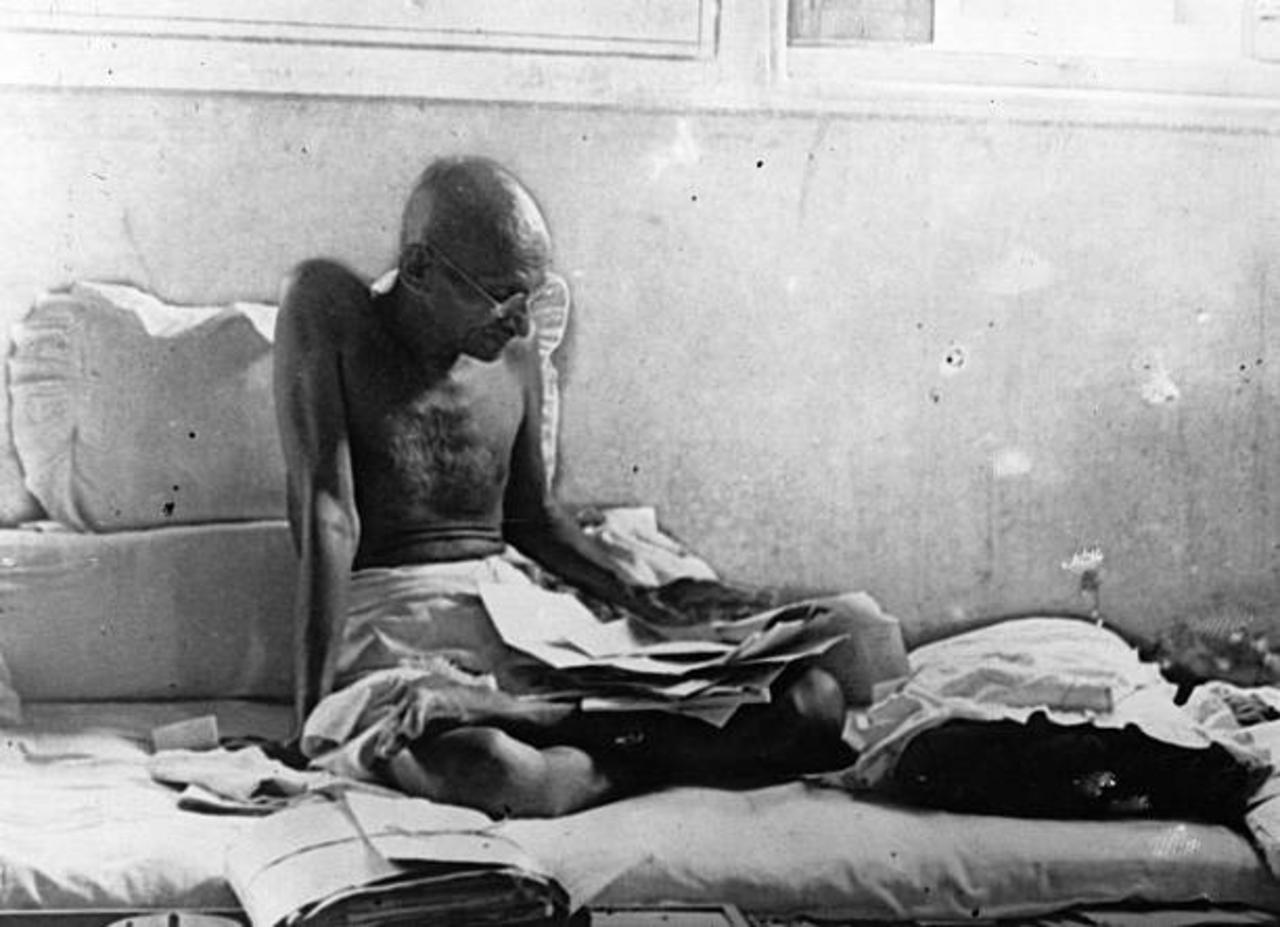 This Day in History: Gandhi Begins Fast in Protest of Caste Separation