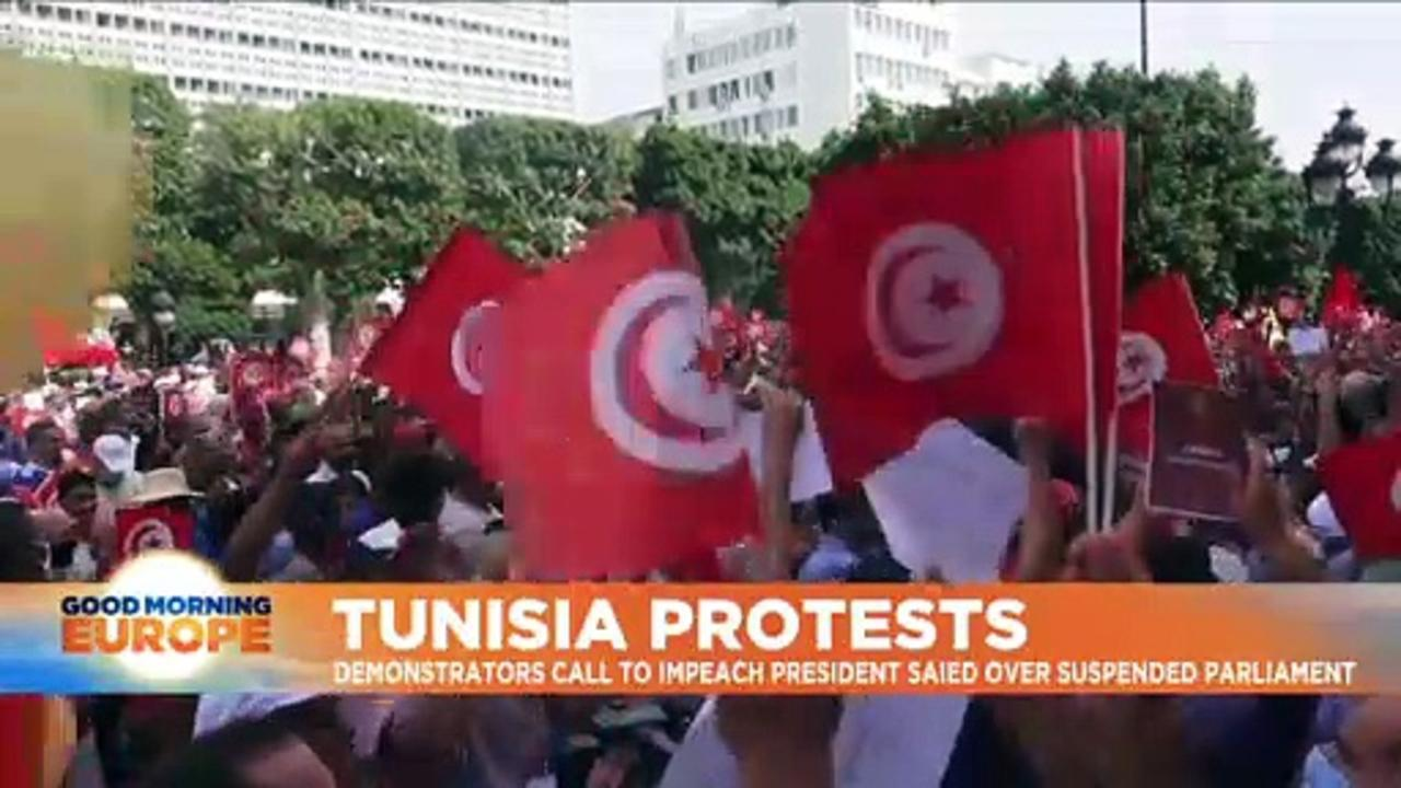 Hundreds rally in Tunis to protest President Saied's 'power grab'