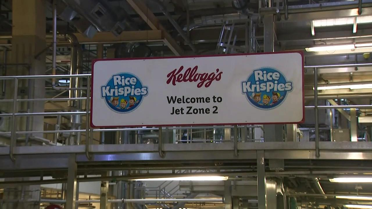 Starmer dubbed 'Special K' on visit to Kellogg's factory