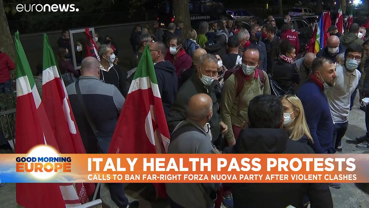 Far-right leaders arrested at large protest in Italy over COVID passes