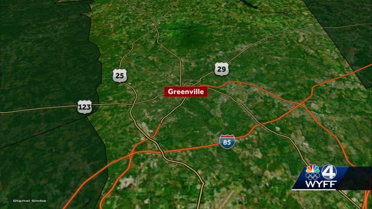3 Greenville County students taken to hospital after school bus crash