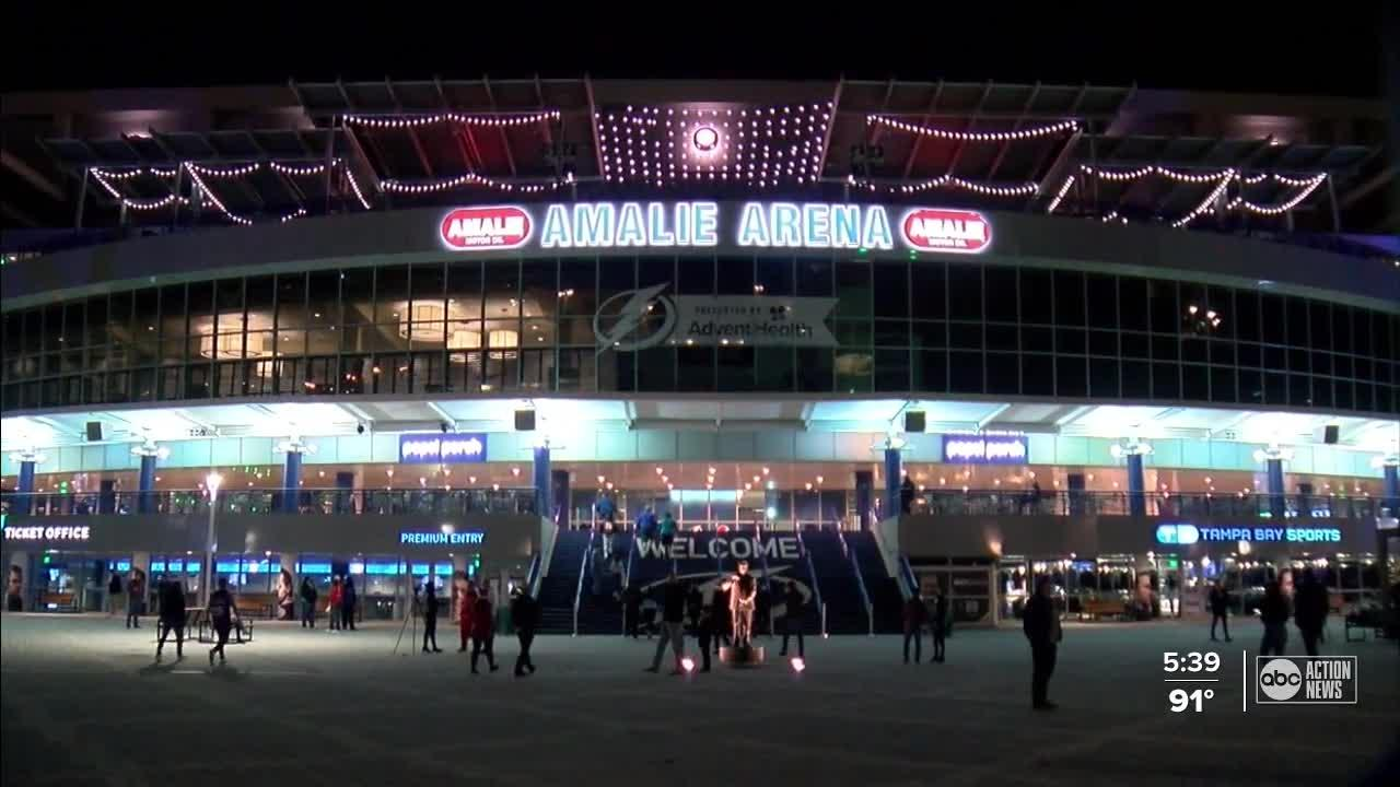 Tampa Bay Lightning fans, businesses gear up for a new season